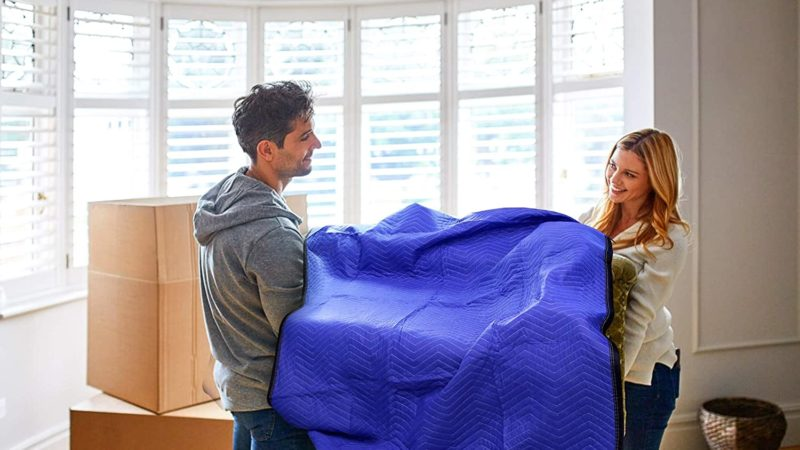 Best Moving Blanket 2020 – Thick & Padded Blanket for Shifting