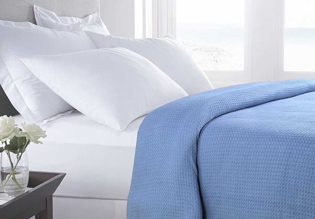 Hillfair Soft and Combed Cotton Thermal Blanket